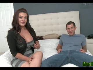 Big Booty Mama: Free Big Mama HD Porn Video b1