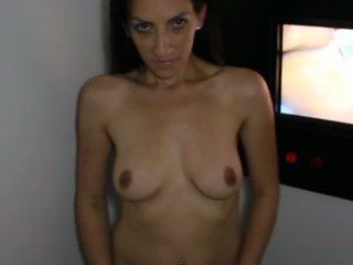 Jewish Slut Loves Big Cocks - Chienne Juive Kif Sucer