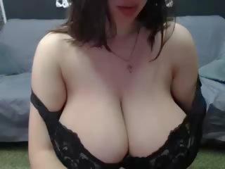 Huge Hangers: Big Natural Tits Porn Video 46