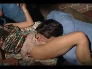 grote lul porno, een groepsex neuken, controleren 3some scène