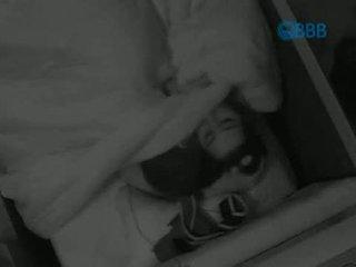 BBB15 - Talita e Rafael no Escurinho do Quarto 06-02 #BBB