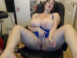 Jenni from DesireBBWs.com having fun