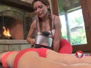 Mari Possa And Sage Evans Perform Sexual Stretching