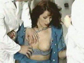 Simona valli in dentist
