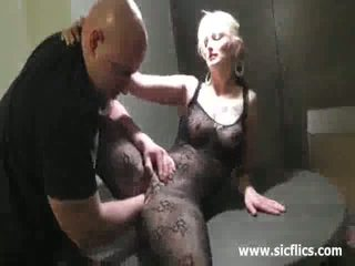Hot Blond Milf Cant Get Enough Fisting In Her Greedy Twat
