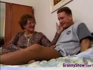 doggystyle, oma, alt + young, reifen
