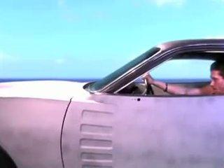 Giving একটি কঠিন পরিশ্রম যখন উপর একটি উচ্চ speed chase