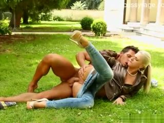 hottest outdoor sex, hottest doggystyle fun, clothes best