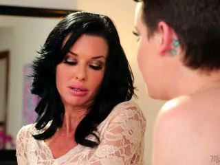 Mommy's Girl - Veronica Avluv, Katie St. Ives