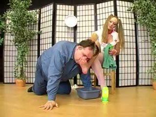 Немски женска доминация дама joanne и тя крак роб 2: порно af