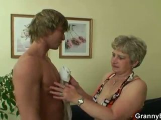 Oldie gets nailed s an mlada guy