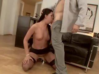 brunette porno, echt neuken, beste anaal scène