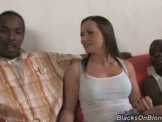 Katja kassin does アナル とともに ブラック studs