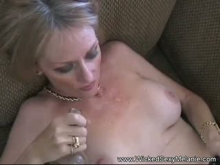 Amateur Cumslut Melanie MILF, Free Cougar Porn 8a