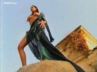 Manuela arcuri - 2001 calendar zákulisie, porno d8