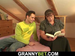 Mollig alt oma und jung dude, kostenlos hd porno 92