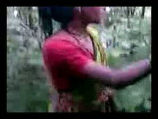 Und Indisch sex jangal junge video mädchen Nackte XXX