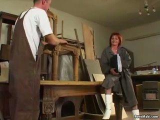 Orang berambut pirang perempuan tua loves anal