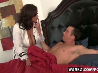 caliente morena caliente, big boobs, calificación vaquera más