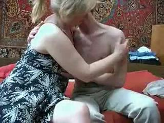 Vechi mama cu de la russia