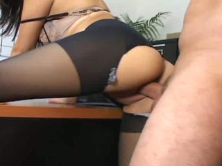 Sex starving boss rips tart pantyhose and shoves his sucked dong de...