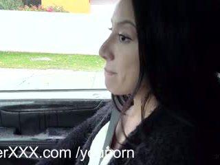 Driverxxx karštas mažai putė earns jos a važiuoti