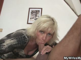 Blonde Mother Girlfriend Takes it from Behind: Free Porn 61