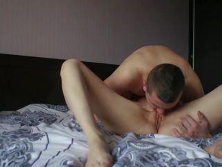 plezier brunette, plezier orale seks klem, vol vaginale sex neuken