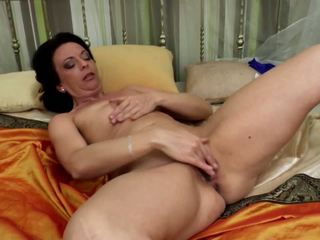 grannies, matures, milfs, fingering