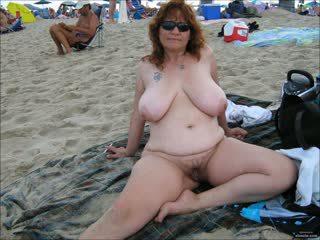 mooi strand, grannies mov, groot matures vid
