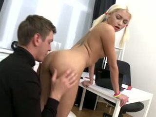 Olivia doesn't like 2 use her pussy