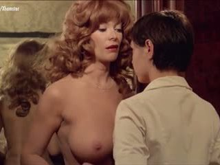 grote borsten mooi, kwaliteit lesbiennes controleren, softcore nominale
