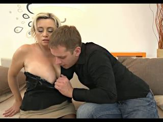 kaikki blondit, kaikki isot luonnolliset tissit, rated hd porn kuumin