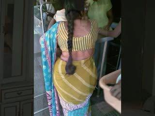 Indiýaly buttock