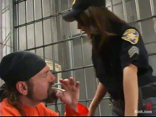 Sleaze 警察 役員 gia jordan dominated と た 愛 で ザ· 突合せ hole バイ inmate