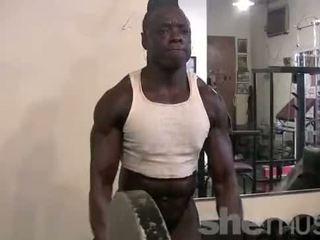 groot gespierd, zien vrouwen kanaal, spieren porno