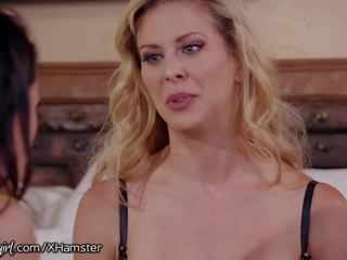 Cherie Deville Begs Stepdaughter to Help with Stuck...