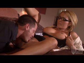 Short Haired Babe Krissy Lynn Enjoys Slurping On A Stiff Cock Until This Babe Chokayes