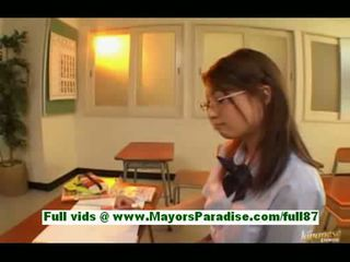 Yamasaki honokateen asian schoolgirl in the classroom writ