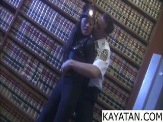 Pinay bad prawan na dali ng security guard