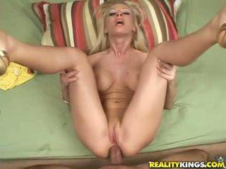 geschoren kutje, groot anaal, controleren pornosterren