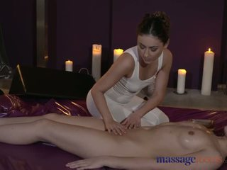 Masazh rooms trullosëse lezbike modele kam intense sensuale orgasms