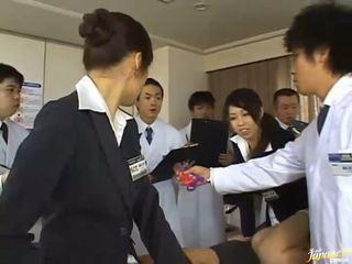 Tai japoniškas merginos duoti jų asses už šūdas