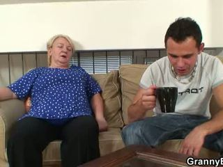 60 years starý babka sucks a rides
