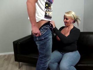 Maduros curvy mãe fucks jovem não dela filho: grátis porno 92