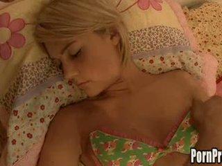 kleine tieten actie, heetste bedroom sex video-, slapen