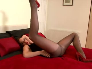 brunette porno, echt kaukasisch, plezier vaginale masturbatie