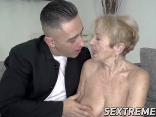 Lusty Grandma Fucked in Pussy by Hung Younger Guy: Porn 0a