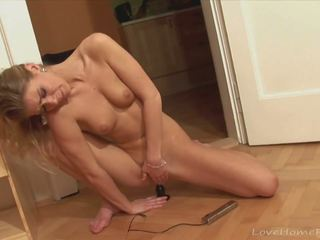 Gorgeous Blonde Masturbate with Her New Electric Toy...