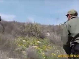 Nyenyet latina kimberly gates gets nailed by patrol agent